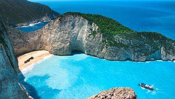 Zakynthos_saari_Joonian_merellä