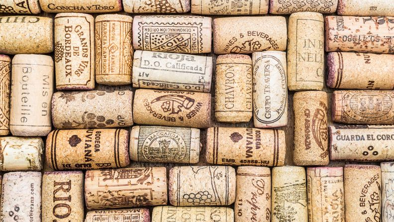 Viinipullonkorkkimainpic
