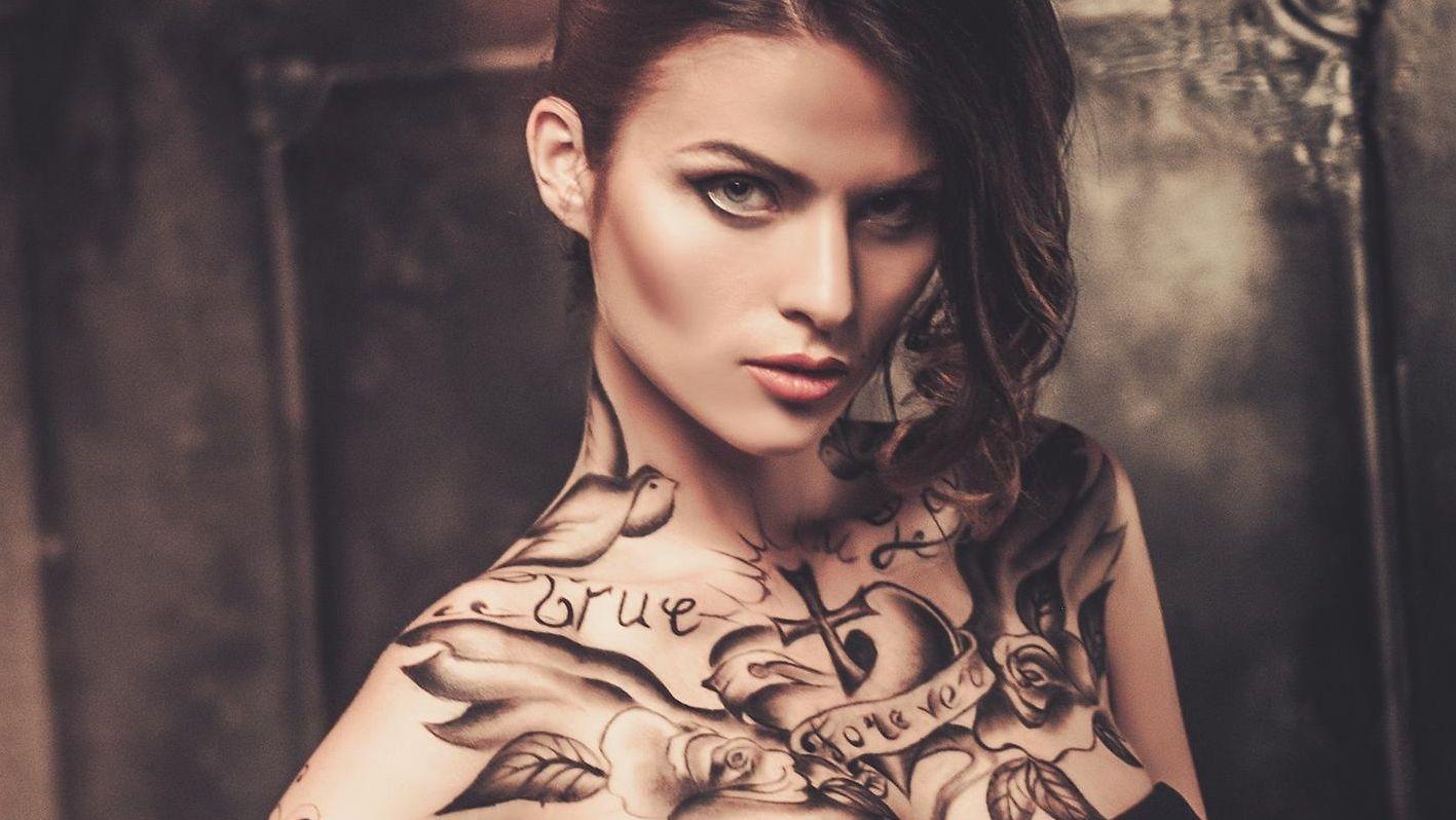 Tatuoinnit Kädessä