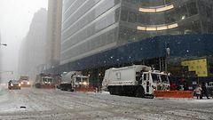 Lumimyrsky autioitti New Yorkin kadut – katso livekamerat