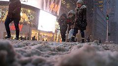 Meteorologi Yhdysvaltojen lumimyräkästä: Pahin ohi vasta illalla Suomen aikaa