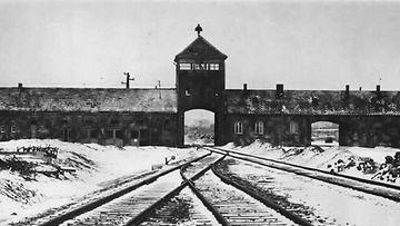 Auschwitz pääportti kuoleman portti