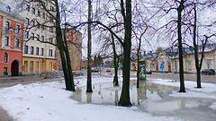 Kenkku ajokeli ympäri Suomea: Lounaassa hyvin sakeita lumikuuroja