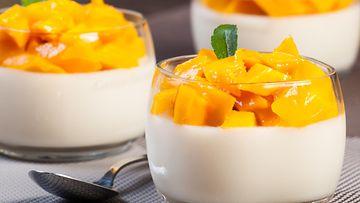 Mango, jogurtti
