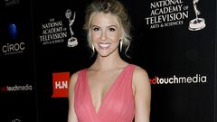 Kaunarit-tähti Linsey Godfrey 16.6.2013 The 40th Annual Daytime Emmy Awards -gaalassa.