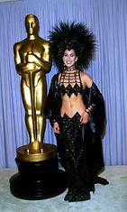 Cher vuonna 1986 Oscar-gaalassa.
