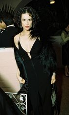 Demi Moore vuonna 1998.