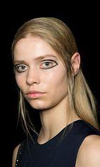 DKNYn syksytalvi 2015 -näytöksen hiustyyli