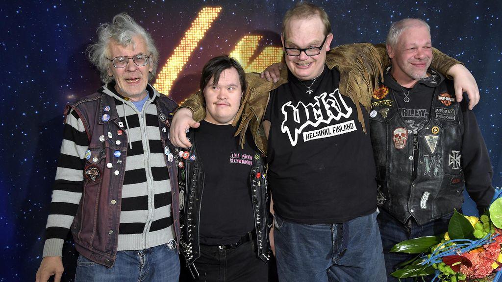 PKN:n basisti loistaa BBC:n haastattelussa: Kielitaito karttui lapsena Nykissä