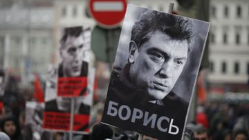 Surmatun oppositiojohtaja Boris Nemtsovin muistotilaisuus