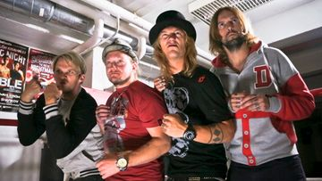 SEASON 5 - DUDESONS VS PROFESSIONALS1