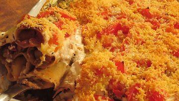 Hedelmä-jauhelihatäytteiset cannellonit