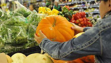 kurpitsa vihannes hedelmä hevi kauppa ostokset ruokakauppa ruoka market marketti supermarket