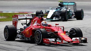 Sebastian Vettel, Nico Rosberg, 2015