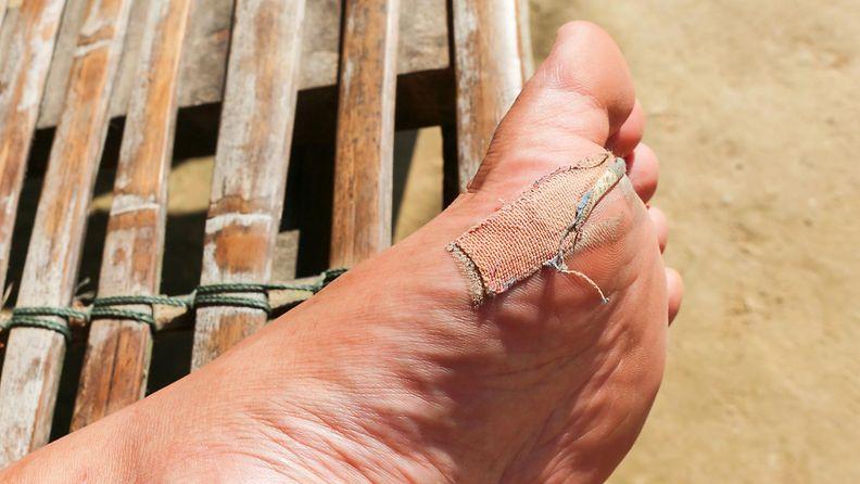 Jalkaterä haava laastari