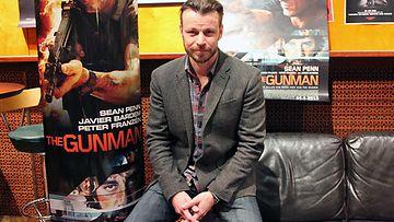 Peter Franzén nähdään Sean Pennin rinnalla elokuvassa The Gunman.