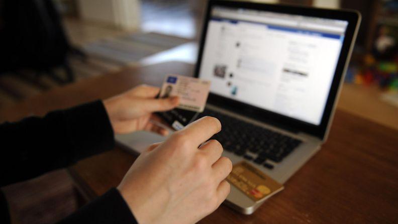 Sosiaalinen media identiteettivarkaus