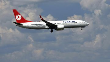 Turkish Airlines Boeing 737-200