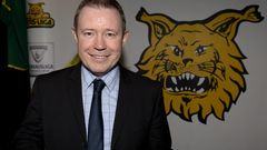 Keith Armstrong, Ilves