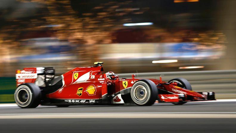 Kimi Räikkönen oli huippuvauhdissa Bahrainissa.