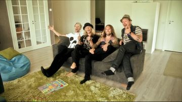 DUDESONS EXPOSED4