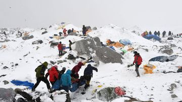 Mount Everestin Ruumiit