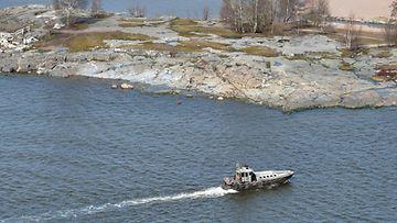 29306339  Merivoimat on havainnut Suomen aluevesillä mahdollisen vedenalaisen kohteen