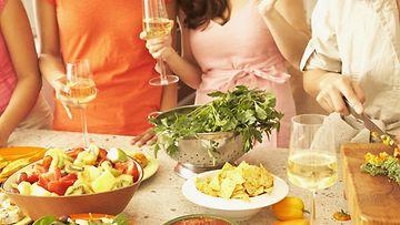 iltapidot, ruoka, juoma, viini