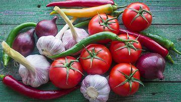 Sipuli tomaatti
