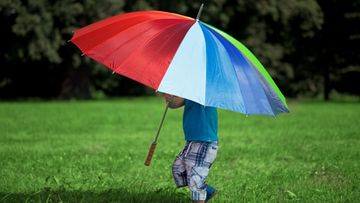 Lapsi ja sateenvarjo