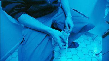 1170050(1) piikitys vessa huumeet suonen sisäiset