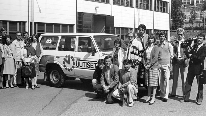 MTV's news team and the first ever ENG car.