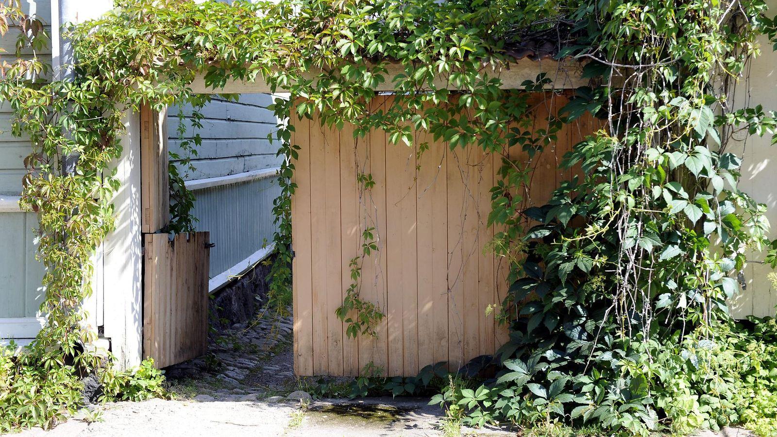 Kuinka lähelle naapurin rajaa saa rakentaa
