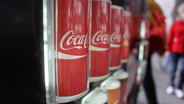 Coca-colaa automaatissa