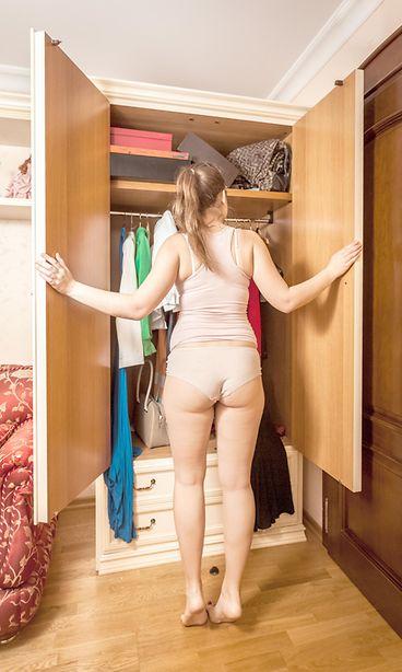 mies ja nainen alasti aikuisviihdepalvelut