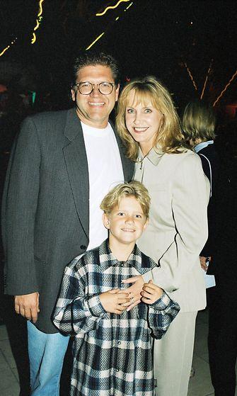 Mary Ellen Trainor, Robert Zemeckis ja poika Alex vuonna 1995.