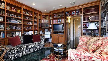joan collinsin koti (2)