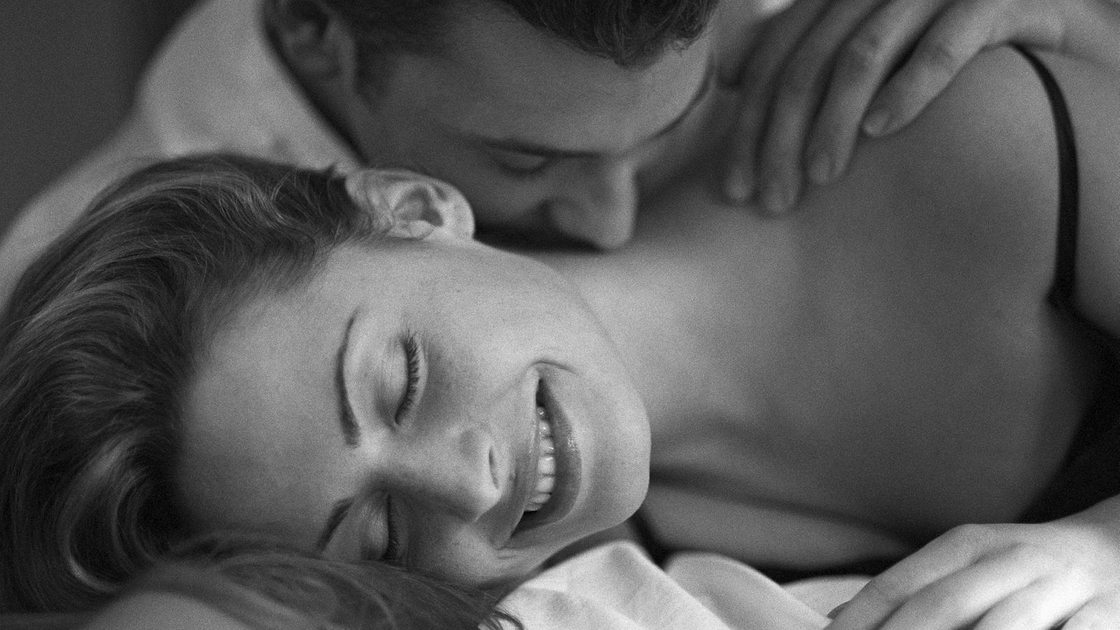 rakastella seksiä naisen ejakulaation