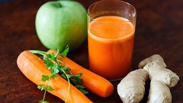 smoothie, porkkana, omena, inkivääri