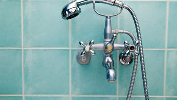 suihku, kylpyhuone