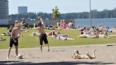 Lyhyt l�mp�aalto Suomeen – loppuviikolla ehk� 30 astettakin l�hell�