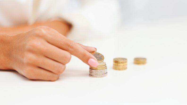 Nainen ja rahaa (1)