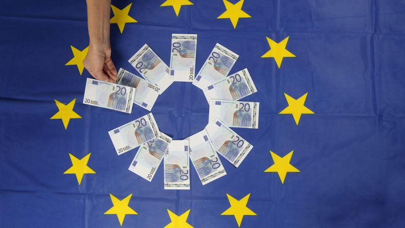15602272 euro raha seteli
