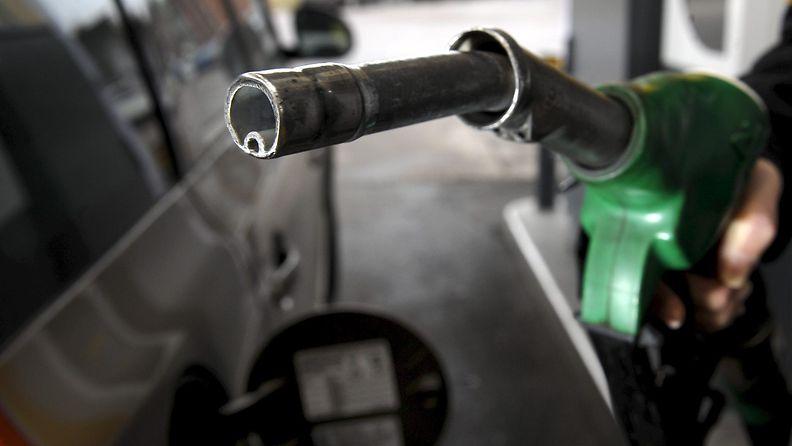27225730 bensa tankkaus