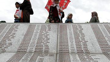 Srebrenica, kansanmurha, Bosnia, Serbia