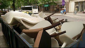 Klaus Kurki -hotelli dumppasi käytetyt design-huonekalut roskalavalle.