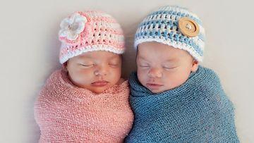 Tyttö- ja poikavauva