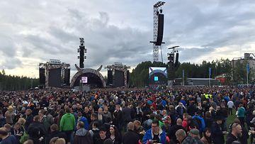 AC/DC yleisöä 1