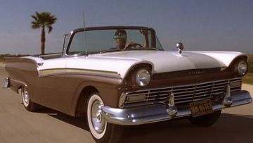 Ford-Fairlane,-die-another-day