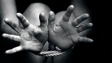 köytetyt kädet